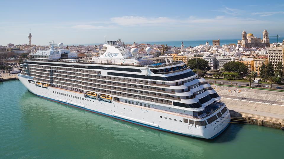 Cruceros puerto Cádiz Semana Santa